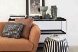 Betty- sofa